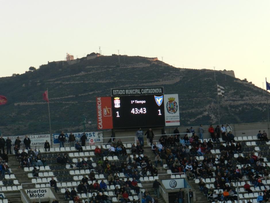 El equipo albinegro suma su sexto partido consecutivo sin vencer. Foto: Pedro Gómez (Crónicas deportivas de Cartagena).