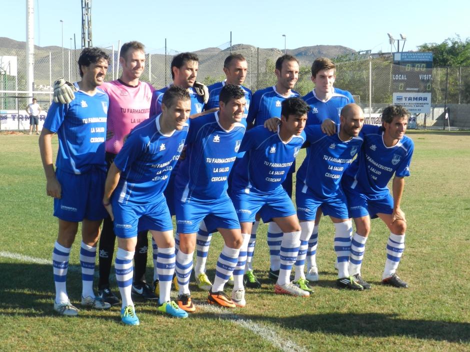 Alineación de La Unión CF contra el Cartagena FC en pretemporada. Memorial Ginés Pagán. Foto: Pedro Gómez (Crónicas deportivas de Cartagena).