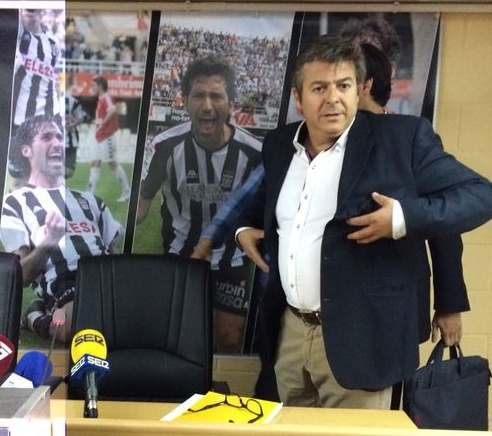 Javier Martínez en rueda de prensa. Foto: Pepe González (OM Radio).
