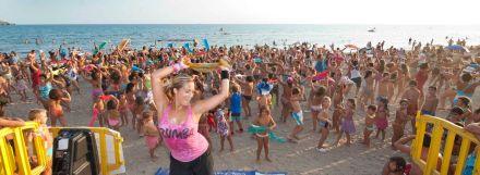 Baile Playa Azohia