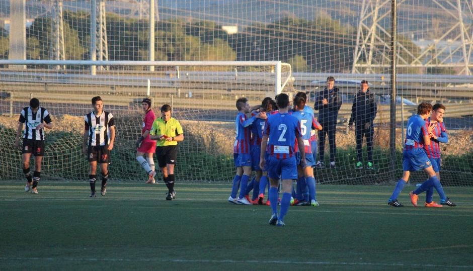Instantánea de uno de la celebración de uno de los goles del LevanteUD. Foto: Pedro Gómez (Crónicas deportivas de Cartagena).