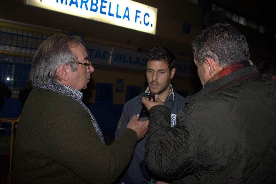 Carlos Martínez entrevistado en Marbella. Foto: Pedro Gómez (Crónicas deportivas de Cartagena).