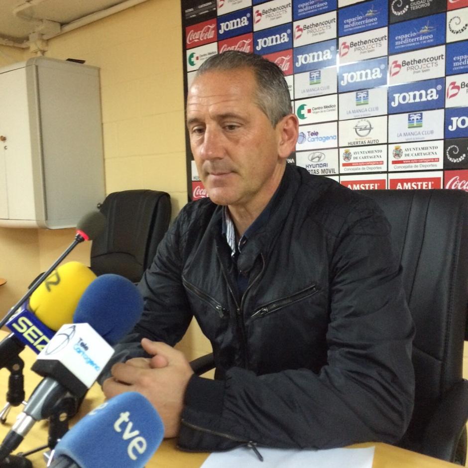 Rueda de prensa de Manolo Palomeque previa al encuentro contra La Hoya Lorca