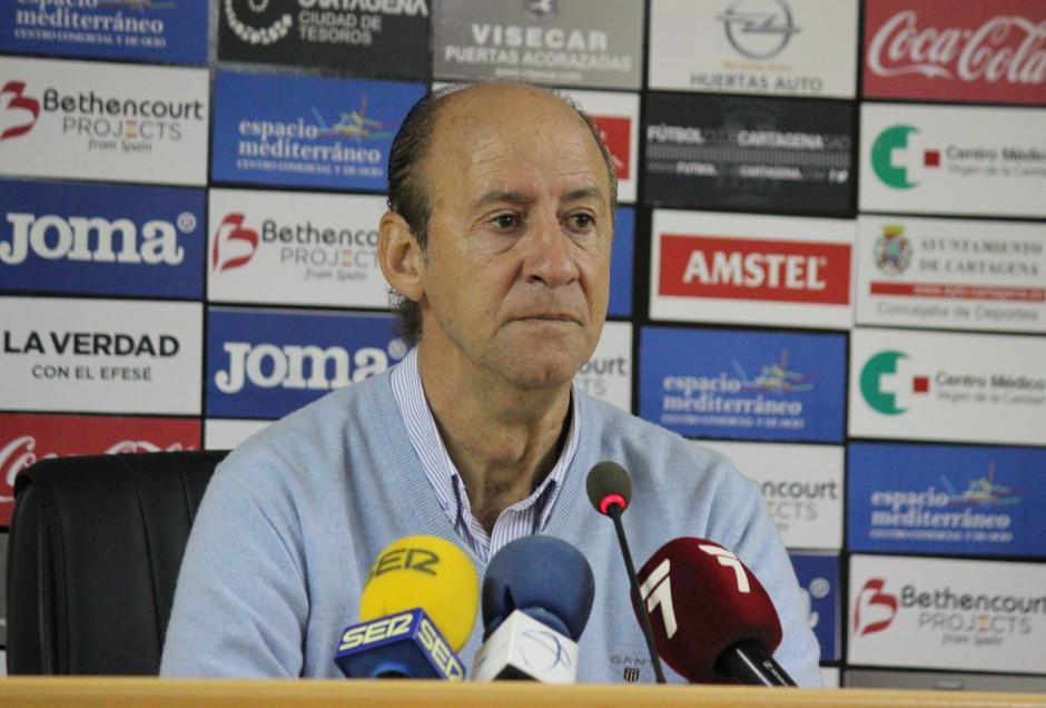 Ángel Marcos post partido FC Cartagena 1 CP Cacereño 1. Foto: Pedro Gómez (Crónicas deportivas de Cartagena).