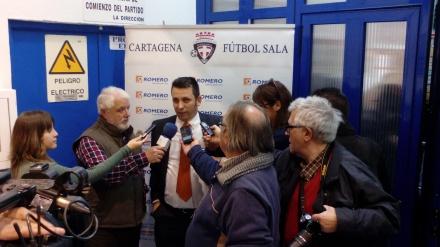 JUAN CARLOS GUILLAMÓN ATENDIENDO A LOS MEDIOS TRAS EL ENCUENTRO CONTRA VALDEPEÑAS (2)