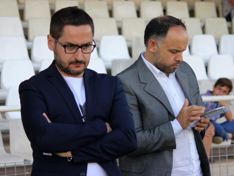 Paco Belmonte y Deseado Flores. Foto: Pedro Gómez (Crónicas deportivas de Cartagena).