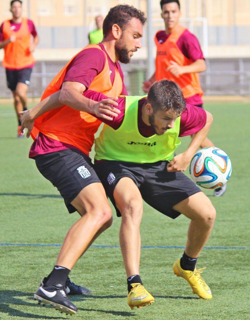 Entrenamientos del FC Cartagena 2015 16- Foto: Pedro Gómez (Crónicas deportivas de Cartagena).