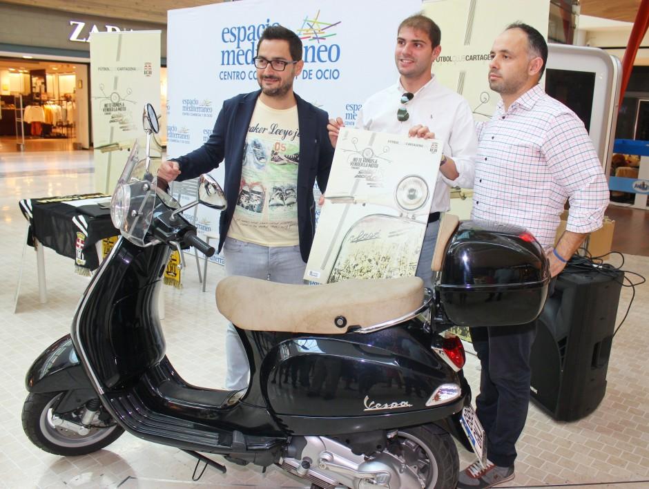 No te vamos a vender la moto. Foto: Pedro Gómez (Crónicas deportivas de Cartagena).