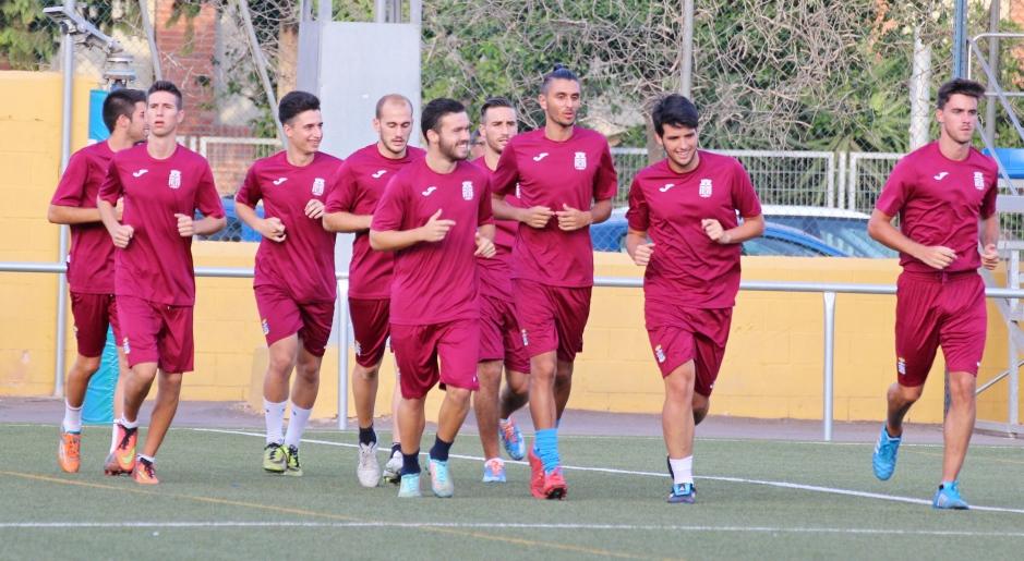 Integrantes del FC Cartagena B entrenando. Foto: Pedro Gómez (Crónicas deportivas de Cartagena).