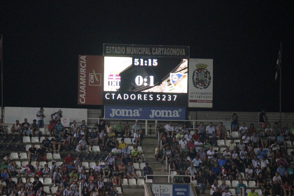 5237 espectadores en el Cartagonova
