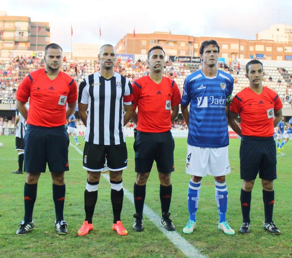 Capitanes contra el Linares Deportivo