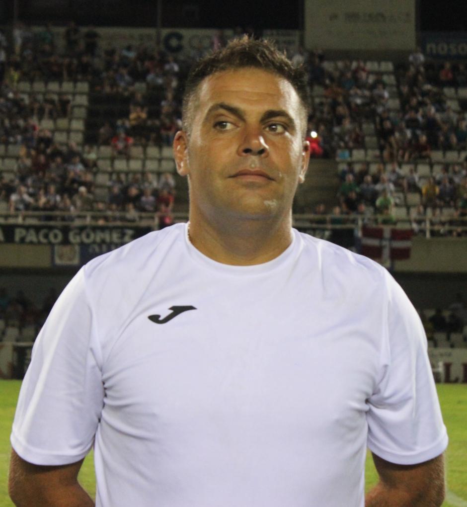 CHUCHI MACÓN (Segundo entrenador)