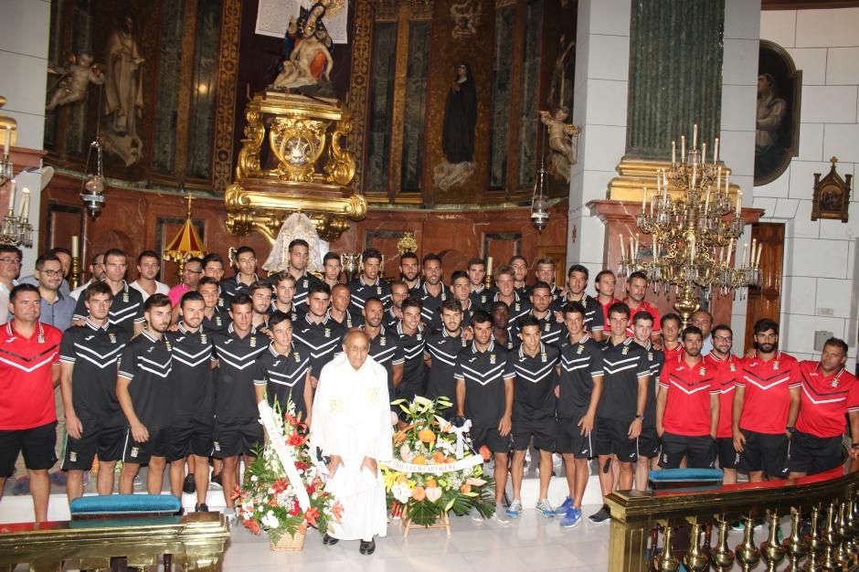 Ofrenda floral a la patrona del FC Cartagena 2015 16. Foto: Pedro Gómez (Crónicas deportivas de Cartagena).