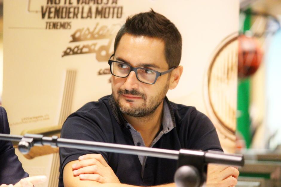 Paco Belmonte durante el acto de presentación. Foto: Pedro Gómez (Crónicas deportivas de Cartagena).