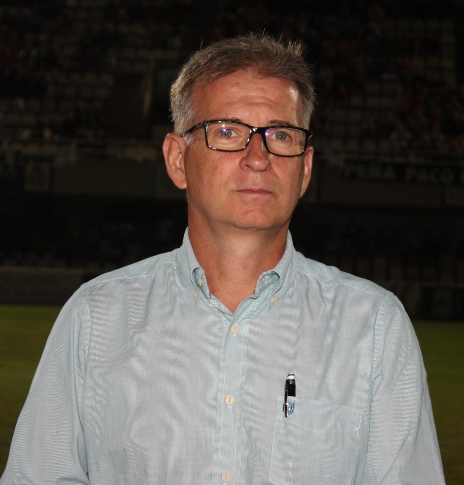 PEDRO MARTÍNEZ VICTORIO (Médico)