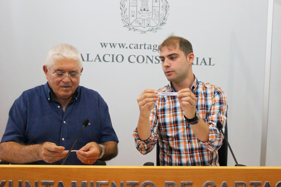 Ricardo Segado y José Meseguer. Foto: Pedro Gómez (Crónicas deportivas de Cartagena).