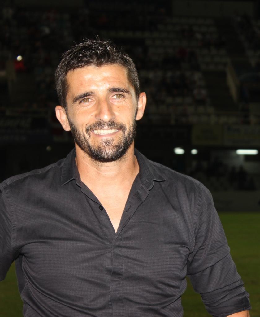 VÍCTOR FERNÁNDEZ (Entrenador)